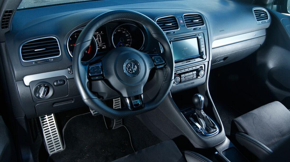 Wetterauer-VW Golf R, Cockpit