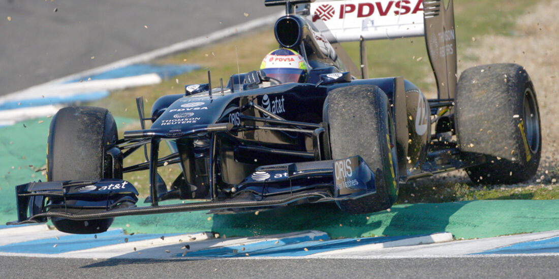 Williams FW33 Maldonado Test 2011