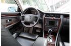 Youngtimer-Fahrbericht-Audi-A8-4.2-Interieur