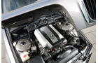 Youngtimer-Fahrbericht-BMW-740i-Motor