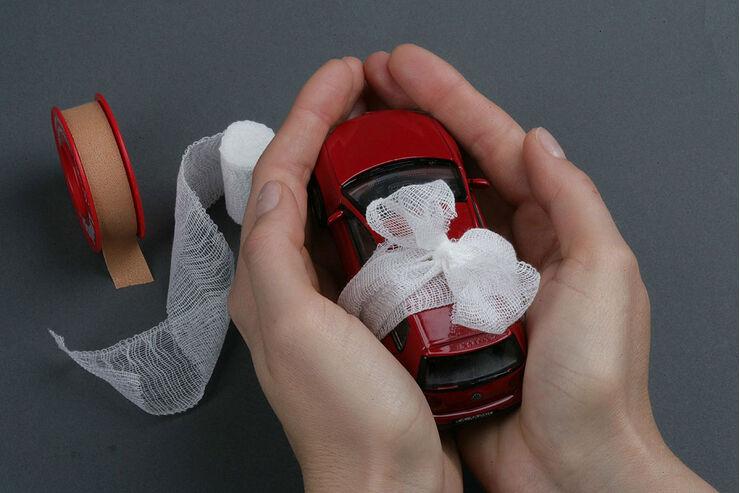 f hrerschein mit 17 versicherung ber die eltern auto motor und sport. Black Bedroom Furniture Sets. Home Design Ideas
