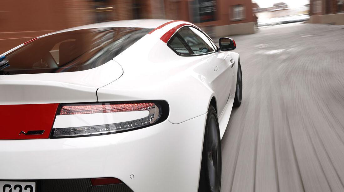 sport auto - Ausgabe 03/15 - Aston Martin V8 Vantage N430D