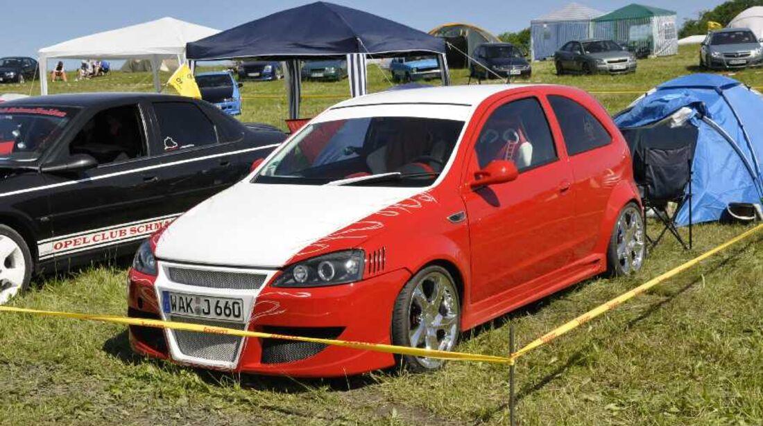 tiefergelegter Opel Rekord